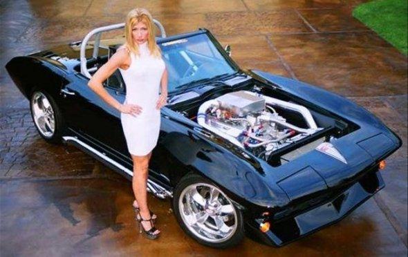 W02_Corvette-C2-black_12_04