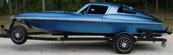 W17_1967-corvette-stingray-jet-boat