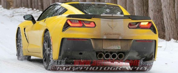 2014_Corvette_Stingray_Grand_Sport_yr