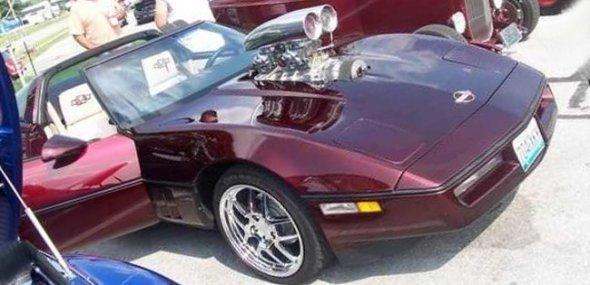W34_c4_lila_Corvette_C4