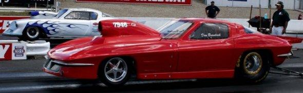 4-02-1963_Chevrolet_Corvette_C2_Dragster_Dan_Braukwick