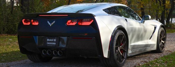 2014-chevrolet-corvette-c7-rear-end-design