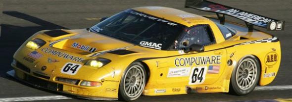 04LMS_Gavin_Beretta_Magnussen_Corvette C5-R.